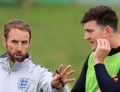 ساوثجيت يكشف سبب استدعاء ماجواير لقائمة إنجلترا