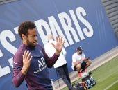 نيمار يعلن عودته لتدريبات باريس سان جيرمان بعد تعافيه من كورونا