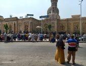 زينهم يشارك بصورة له من أمام مسجد السيدة زينب احتفالا بعودة صلاة الجمعة