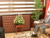 وزير التنمية المحلية يبحث مع محافظ بنى سويف ملف التصالح بمخلفات البناء