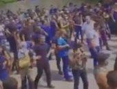 لبنانيون يهتفون ضد حسن نصر الله خلال تشييع جثامين ضحايا اشتباكات خلدة..فيديو