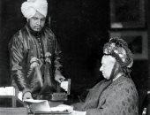"""100 عام من """"اليوجا"""" فى البلاط البريطانى.. الملكة فيكتوريا أول من جُذب للفن الهندى"""