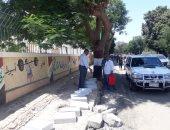 محافظ أسيوط : تركيب بلدورات ومواصلة أعمال رصف شارع الثورة
