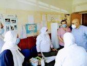 صور.. وكيل صحة بنى سويف يفاجئ مستشفى الصدر ويعلن تعافى 10 حالات جديدة