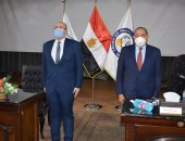 مجلس جامعة بنى سويف يقف دقيقة حداد على أرواح شهداء بئر العبد