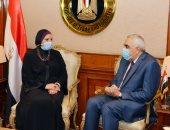 وزيرة الصناعة تؤكد مساهمة مصر في مشروعات إعادة الإعمار بالعراق