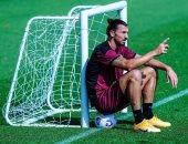 كرة القدم والشبكة أفضل أصدقاء زالاتان إبراهيموفيتش في أحدث ظهور له