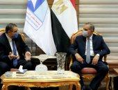 رئيس جامعة كفر الشيخ ينهى مشكلة 233 طبيب امتياز