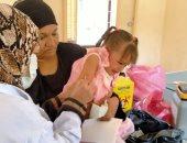 """""""الطب الوقائى"""" يواصل تطعيم الأطفال بجرعات السولك فى أسوان.. صور"""