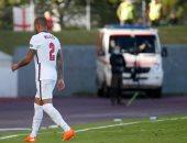 ساوثجيت يهاجم ووكر بعد طرده خلال مباراة إنجلترا وآيسلندا