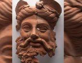 دراسة حديثة تكشف أسرار قناع طينى رومانى عمره 2400 سنة