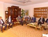 محافظ أسيوط يلتقى رئيس مجلس إدارة البنك الزراعى لبحث تنفيذ مشروعات صغار المزارعين