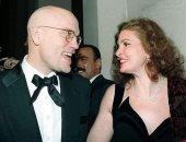 شاهد يسرا مع النجم الأمريكى جون مالكوفيتش فى مهرجان القاهرة 1998