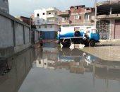 القابضة للشرب تؤكد نزح المياه وتطهير شارع حنفى ببشتيل من مياه الصرف