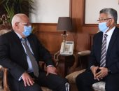 محافظ بورسعيد يستقبل وفد الهيئة العامة للرعاية الصحية.. صور