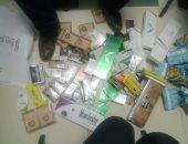 إعدام 15 ألف علبة سجائر مجهولة المصدر ضبطت بحوزة صاحب مخزن في عابدين