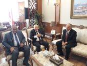 محافظ بورسعيد يستقبل رئيس هيئة قضايا الدولة.. صور
