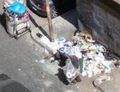 """قارئ يشكو عدم توافر صناديق لجمع القمامة أمام عقارات """"تعاونيات سموحة"""""""