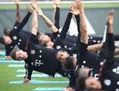 هانز فليك يغيب عن التدريبات الأولى لبايرن ميونخ استعدادا للموسم الجديد