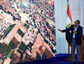 أستاذ اقتصاد سياسى يطالب الدولة بعدم التهاون في ملف تبوير الأرض الزراعية