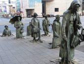 """100 منحوتة عالمية.. """"عابرو السبيل المجهولون"""" ماذا حدث فى بولندا؟"""