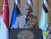 وزير الدفاع يتفقد إجراءات تفتيش الحرب لإحدى تشكيلات الجيش الثالث الميدانى