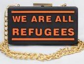 عميد كليه فنون بالجامعة الأمريكية الإماراتية يصمم حقيبة لدعم اللاجئين.. صور