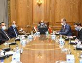 وزير الدولة للإنتاج الحربى يبحث مع 5 شركات بيلاروسية تعزيز التعاون المشترك