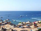 خليج القروش.. أجمل شواطئ شرم الشيخ ومقصد السياح من كل مكان