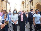 صور.. وزيرتا الهجرة والتضامن يتفقدان مشروع روضة السيدة زينب بعد التطوير