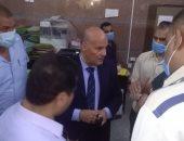 سكرتير محافظة سوهاج يتابع تلقى طلبات التصالح فى مخالفات البناء بالمنشأة