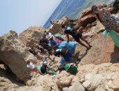 حملات لتنظيف الشواطئ فى دهب احتفالا باليوم العالمى للنظافة.. صور