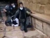 """شاهد الشرطة الإسرائيلية تحاول قتل فلسطينيا على طريقة """"جورج فلويد"""""""