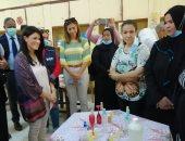 وزيرة التعاون الدولى وقيادات برنامج الأغذية العالمى يزورون مدرسة بالأقصر