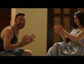"""أحمد زاهر يكشف عن صور من كواليس تصوير """"زنزانة 7"""""""