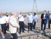 وزير النقل يتفقد مشروع محور شمال الأقصر ويوجه بسرعة إنجازه لخدمة السياحة