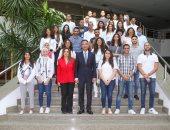 رئيس هيئة البريد يستقبل وفد شبابى مصرى من الدارسين بالخارج