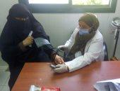 الكشف على 1095مريض بقافلة طبية بقرية أم الزاق بشربين ضمن مبادرة حياة كريمة