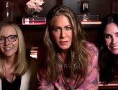 """نجمات """"friends"""" يجتمعن بمنزل جينفر أنيستون خلال حفل جوائز إيميى.. فيديو"""