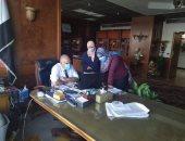 وزير الرى يتابع صور الأقمار الصناعية للتعديات على جوانب نهر النيل والترع