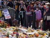 """مئات الأمريكيين يقفون بالورود والشموع حدادا لرحيل القاضية جينسبيرج """"صور"""""""