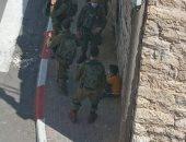 الاحتلال الإسرائيلى يعتقل مواطنين من الخليل