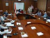 محافظ المنيا يعقد اجتماعا لبحث الموقف التنفيذى لبرنامج التنمية المحلية