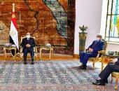الرئيس السيسي يلتقى عقيلة صالح والمشير حفتر بقصر الاتحادية.. فيديو
