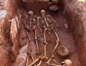 عمال يكتشفون مقبرة عمرها 1500 سنة بألمانيا أثناء حفرهم لإنشاء مزرعة دواجن