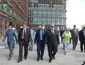 رئيس جامعة القاهرة يتفقد معهد الأورام الجديد 500 500 ويتابع معدلات التنفيذ