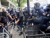 صور.. اشتباكات عنيفة بعد تبرئة الشرطة الأمريكية فى قضية مقتل سيدة سوداء