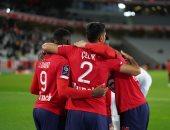 ليل يتصدر الدوري الفرنسي بفوز صعب على نانت 2-1