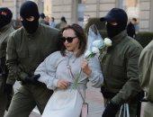 صور.. شرطة بيلاروسيا تعتقل مئات الجميلات خلال احتجاج ضد الرئيس لوكاشينكو