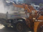 رفع 49 طن من القمامة والأتربة فى حملات نظافة بقرى مركز أخميم بسوهاج